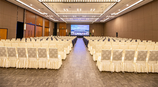 多功能南(北)厅600人会议场地